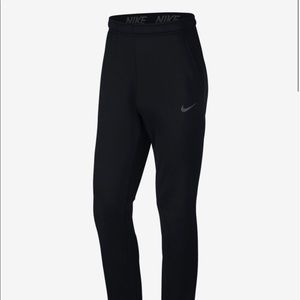 🌲🎁NWT Nike Therma Dri-Fit Med Black Pants Sweayes